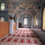 Tahir-Eksioglu-Kardesler-Camii-pendik-pencere-1200x800