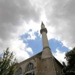 ahmet-dede-camii-bahce-minare-serefe-1200x800