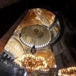ayasofya-camii-hagia-sophia-kubbeler-tarihi-eser-istanbul