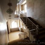 cem-sultan-camii-merdivenler-fotografi