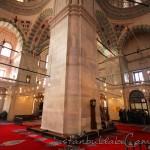 fatih-camii-sutun-fotosu