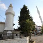 hacilli-koyu-camii-sile-eski-yeni-minare-1200x800