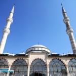 haseyed-camii-basaksehir-minareler-minare-kubbe