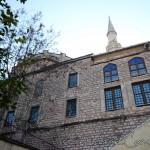 kaptan-pasa-camii-minare-pencere-1200x800