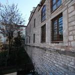 kaptan-pasa-camii-pencere-foto-1200x800