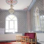 kucuk-namazgah-camii-cinni-pencere-foto-1200x800