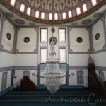 sancaktepe-sarigazi-fatma-sultan-camii-avize-mihrap-1200x800