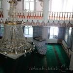 sarigazi-haci-ibrahim-efendi-camii-avize-foto-1200x800