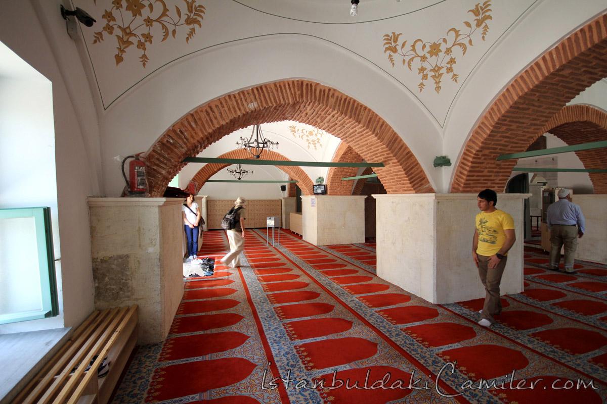 Ahi Çelebi Camii Fotoğraf Galerisi  istanbuldakiCamiler.com