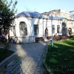 buyuk-selimiye-camii-avlu-1200x800