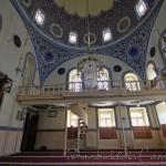 cakmakcilar-cami-sultan-iii-mustafa-avize-1200x800