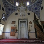 cakmakcilar-cami-sultan-iii-mustafa-minber-mihrap-1200x800
