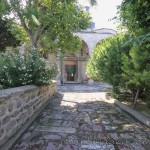 cerrah-mehmetpasa-camii-fatih-giris-avlu-1200x800
