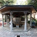 corlulu-ali-pasa-camii-sadirvan-ve-bahce-1200x800