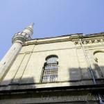 hidayet-cami-fatih-minare-pencere-1200x800