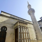 hidayet-cami-fatih-ust-giris-minare-1200x800