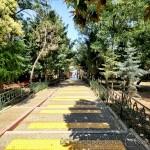 hz-yusa-as-camii-kabri-giris-yolu-1200x800