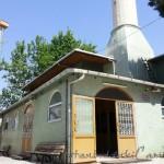 icerenkoy-merkez-camii-minare-avlu-giris