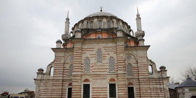 Laleli Camii - Laleli Mosque