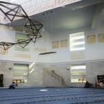 medine-mescidi-camii-modern-kayisdagi-ic-fotografi-1200x800