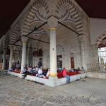 mihrimah-sultan-cami-uskudar-avlusu-1200x800