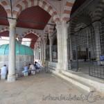 mihrimah-sultan-cami-uskudar-sadirvan-avlu-1200x800