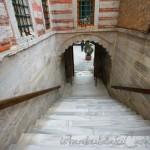 mihrimah-sultan-camii-edirnekapi-merdivenler-1200x800