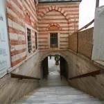 mihrimah-sultan-camii-edirnekapi-merdivenler-d-800x1200
