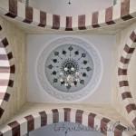 mimar-sinan-camii-avlu-kemerleri-fotografi-1200x800