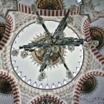 mimar-sinan-camii-ic-kubbeler-kandiller-fotograf-1200x800
