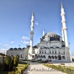 mimar-sinan-camii-istanbul-kubbe-minare-serefe-1200x800