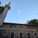 osmanaga-cami-kadikoy-minare-fotografi-1200x800