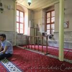 sari-beyazit-camii-fatih-ic-fotosu-1200x800
