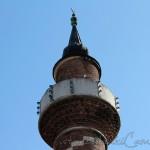 sari-timur-camii-minaresi-1200x800