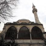 selcuk-sultan-camii-minare-kubbe-1200x800