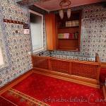 sirkeci-mustafa-aga-camii-muezzin-1200x800