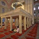 suleymaniye-cami-fatih-minber-muezzin-1200x800