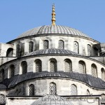 sultanahmet-camii-blue-mosque-kubbeler-domes-pencereler-windows-outdoor-1200x800