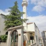 sururi-daye-hatun-cami-fatih-dik-minare-800x1200