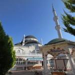 yeni-riva-cami-beykoz-sadirvan-minare-1200x800