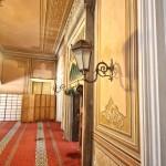 yildiz-hamidiye-camii-giris-tavan-islemesi-aplikler-800x1200
