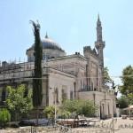 yildiz-hamidiye-camii-kubbe-avlu-minare-fotografi-1200x800