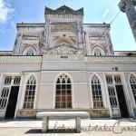 yildiz-hamidiye-camii-pencereleri-avlusu-minaresi-1200x800