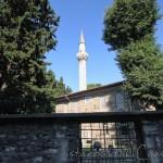 haci-evhaddin-camii-fatih-minare-giris-1200x800