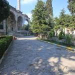 hekimoglu-ali-pasa-camii-fatih-avlu-foto-1200x800