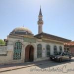 bala-suleyman-aga-camii-fatih-kubbe-minare-fotografi-1200x800
