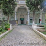 balipasa-camii-fatih-avlu-1200x800