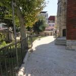 behruz-aga-odabasi-camii-fatih-avlu-fotografi-1200x800