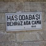 behruz-aga-odabasi-camii-fatih-kitabe-1200x800