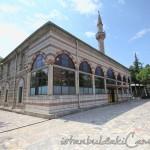 ferruh-kethuda-camii-fatih-avlu-minare-1200x800